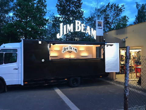 Jim Beam pojízdný bar reklama LED
